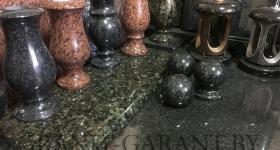 vazy-dlya-pamiatnika-1-w